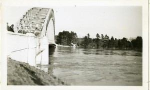 Flood - Tyngsboro Bridge