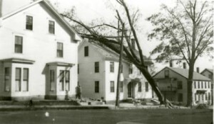 Hurricane damage on Temple Street