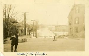Crown Street 1936 Flood