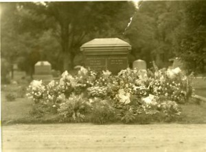 Gravesite: Joseph Proctor and Ira Francis Harris