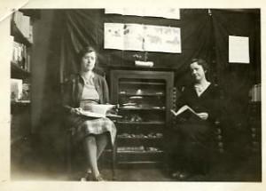 Marion Manning, Etta Lovejoy